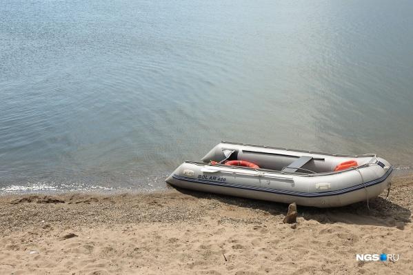 Тело плавало в нескольких метрах от берега
