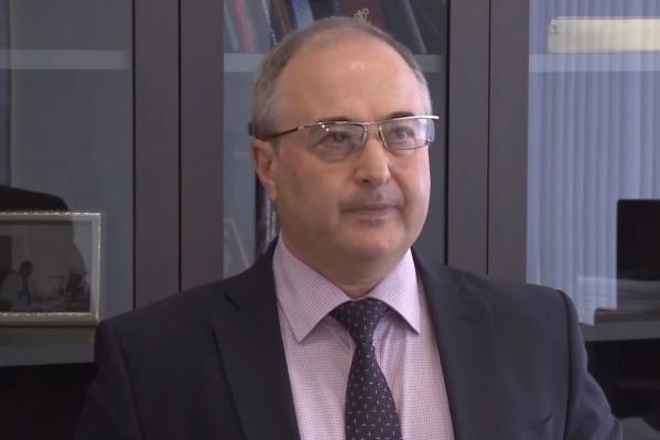 Немик заявил, что необходимости перебрасывать врачей в Норильск из других регионов нет