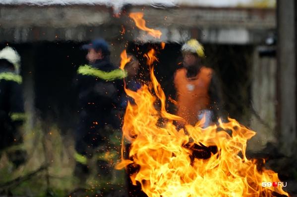 Пожар произошел в частном секторе