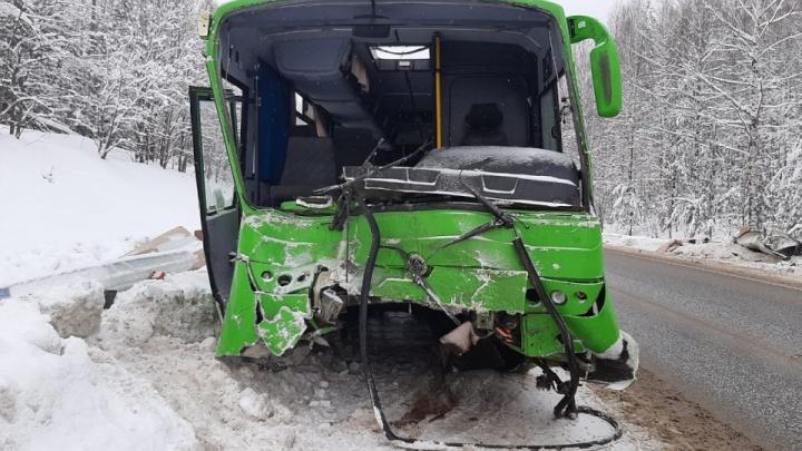 В Перми начался суд над перевозчиком, чей автобус устроил массовое ДТП под Нытвой