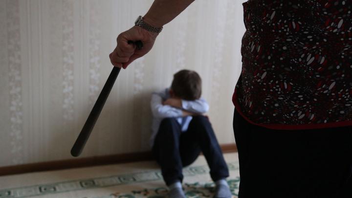 В Башкирии приемная мать целый год избивала и морила голодом 10-летнего ребенка
