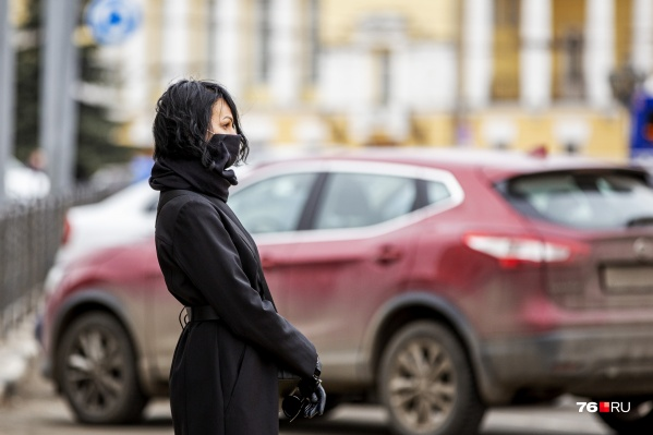 Не время снимать маски