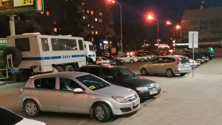 На Сортировку приехал ОМОН. Рассказываем, что там происходит
