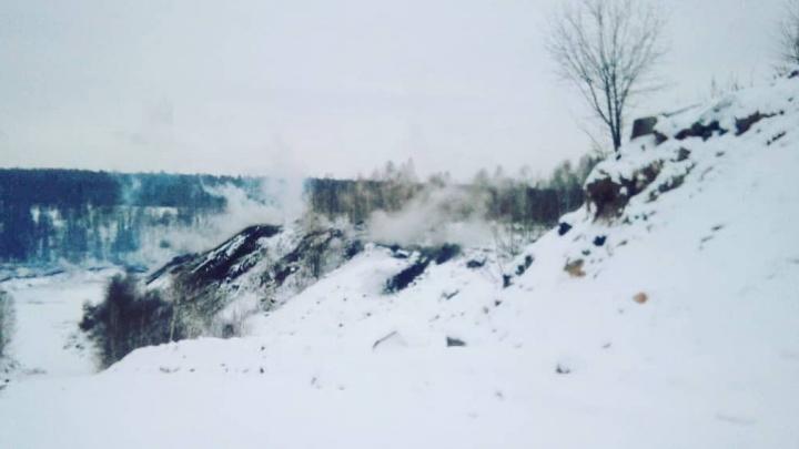 В Кузбассе на месте подземного пожара произошел обвал. Замгубернатора прокомментировал ситуацию
