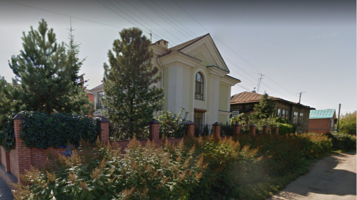Отец депутата Антропенко арендовал у мэрии Омска землю под коттедж