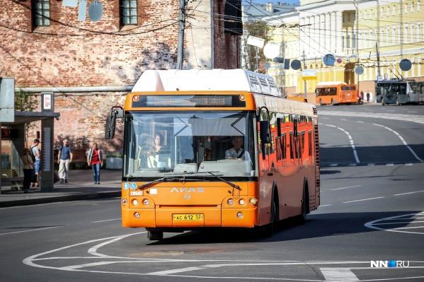 В первую половину воскресенья транспорт не будет ходить по площади Минина