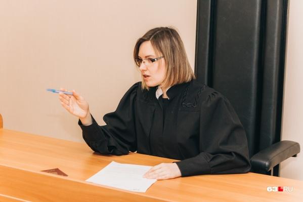 Суд отправил подозреваемого под домашний арест