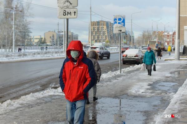 За сутки заразились еще 136 жителей Архангельска