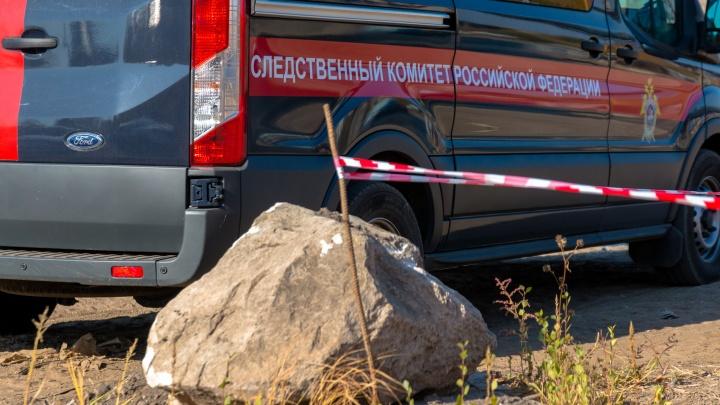 Следователи рассказали, кто поджёг мужчину в сквере Высоцкого