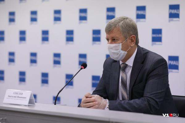По словам председателя комитета здравоохранения Волгоградской области, лекарства будут приобретены за счет бюджета