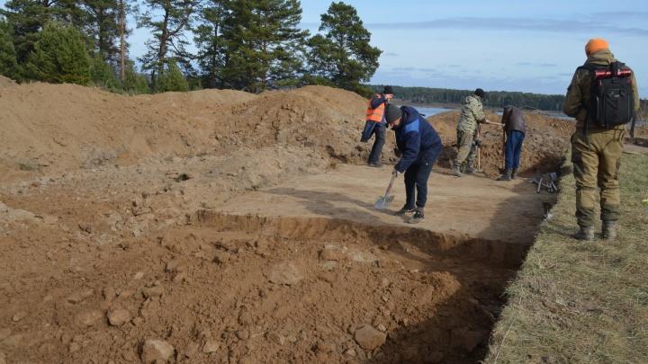 На месте строительства моста под Лесосибирском нашли древние артефакты эпохи неолита