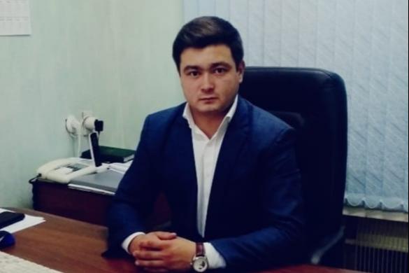 Айгиз Ахметьянов занимается в администрации Салаватского района социальными вопросами,правовой и кадровой работой