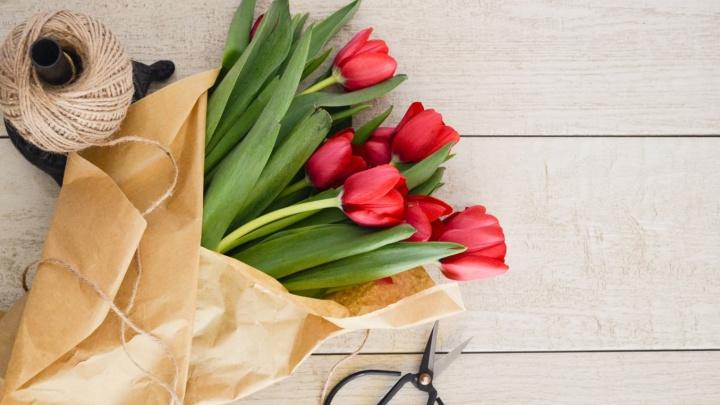 Индекс тюльпана: эксперты посчитали, сколько денег мужчины потратят на цветы к 8 Марта