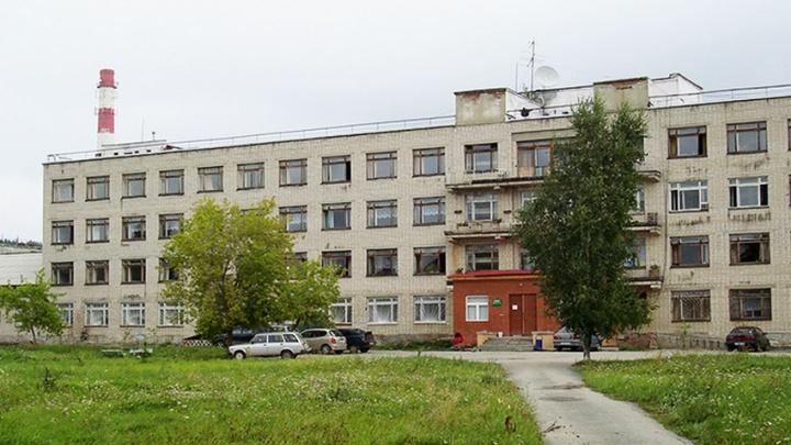 В Сысертской ЦРБ теперь будут лечить COVID-19. Туда направят пациентов в состоянии средней тяжести