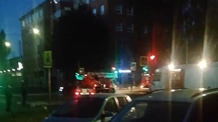 «Случай на Батова ничему не научил»: в квартире в центре Ярославля загорелась плита