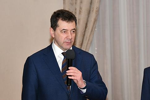 Задорин начал делать карьеру в СКЖД с помощника машиниста тепловоза