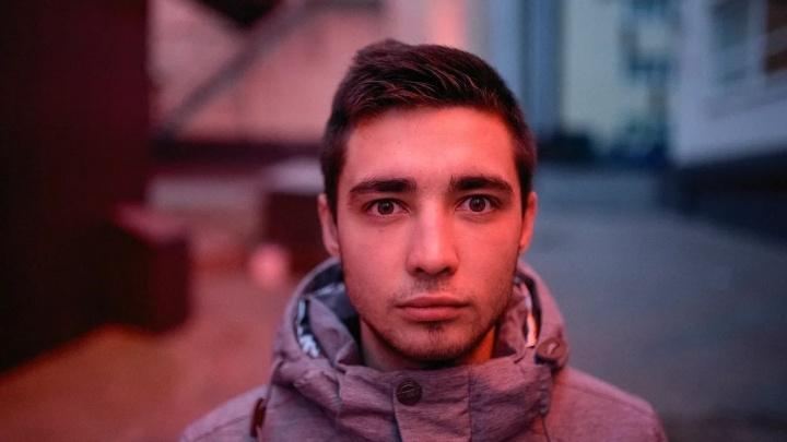 Пермский бармен, ставший санитаром: «В «красной» зоне как в баре: глаз дергается, а ты работаешь»