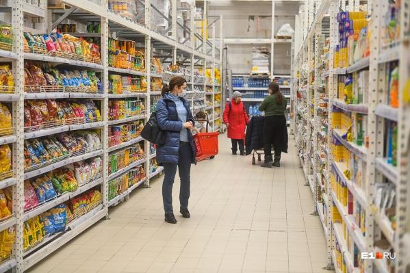 Санитарные врачи вычислили, что вирус горожане могли подцепить в магазине
