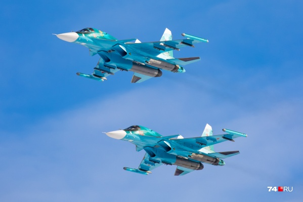 Сегодня днём «сушки» несколько раз пронеслись над Челябинском