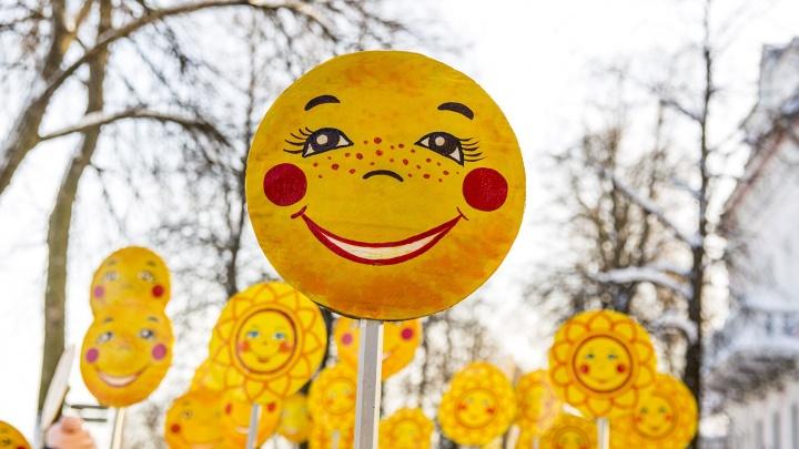 Карнавальное шествие и блинный баттл: где сегодня встречать Масленицу