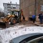 В Архангельске люди полгода жили в доме с дырой. Когда ее засыпали, отвалилась часть стены