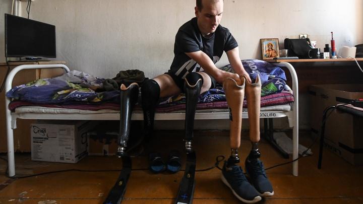 Спортсмен без рук и ног Михаил Асташов взял два золота на чемпионате России по шоссейным гонкам