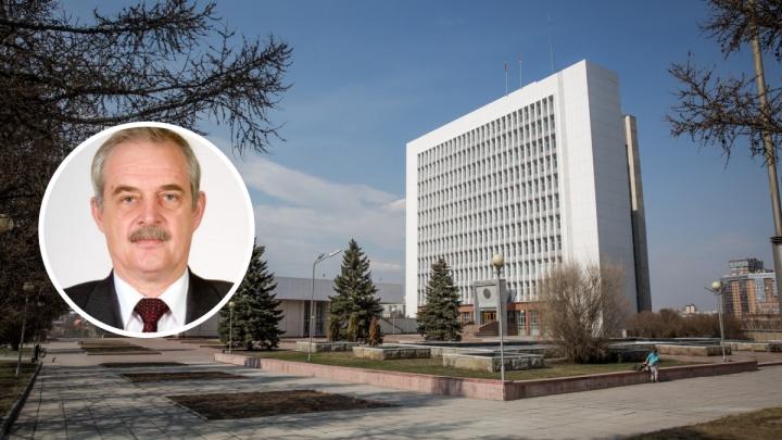 От ковида скончался бывший депутат новосибирского Заксобрания и директор завода