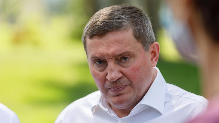 Особняки, яхты и элитные иномарки: топ-20 чиновников-миллионеров администрации Волгоградской области