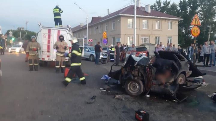 «Кричал, что ему ничего не будет, смеялся»: водителя, устроившего ДТП на Сочинской, в январе лишили прав