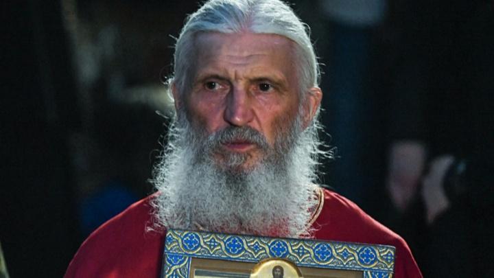 Стала известна причина задержания отца Сергия