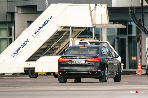 Гостей ВИП-терминала будут встречать на специальном автомобиле