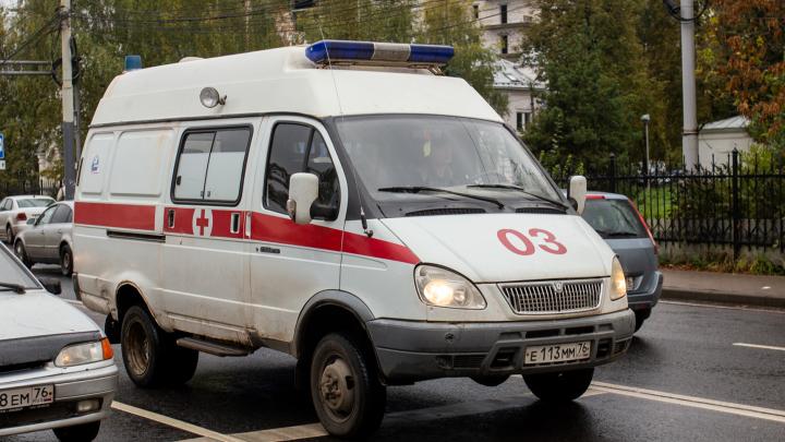 «Больных не довозят, они умирают»: власти назвали главные проблемы скорой помощи