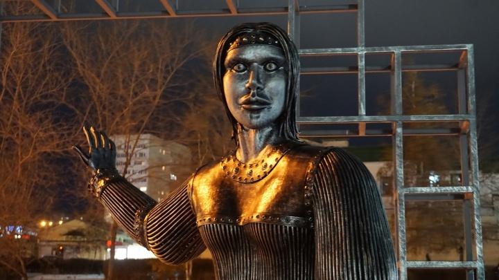 «Башспирт» планирует выкупить демонтированный под Воронежем скандально известный памятник Аленке