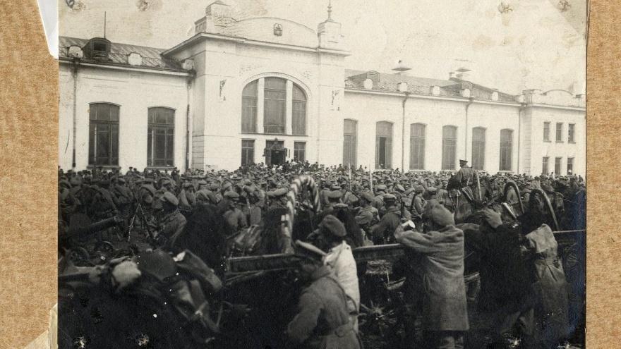 «Больные лежали в коридорах прямо на полу»: как Екатеринбург переживал вспышку тифа сто лет назад