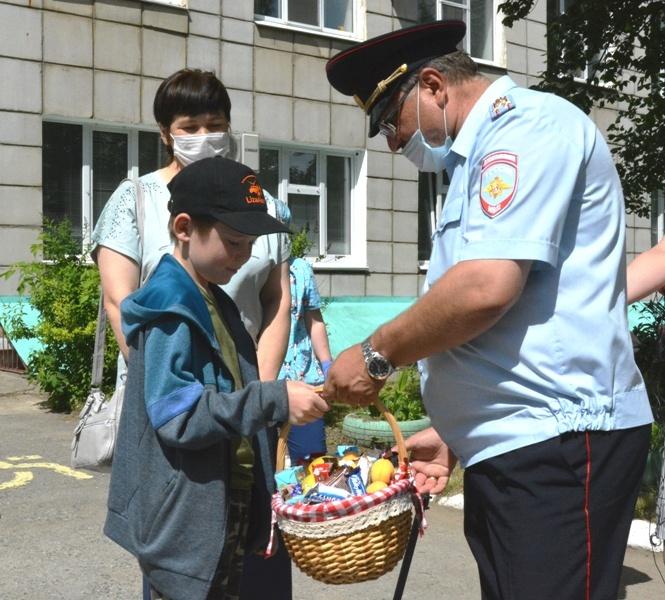 Презент от полиции