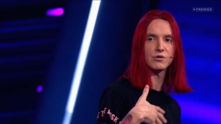 Директор аниме-магазина из Красноярска выступил на «Comedy Баттл» и своим видом рассмешил жюри