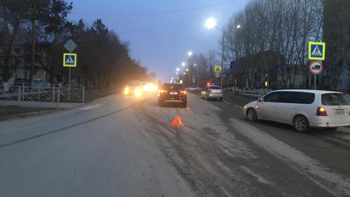 В Искитиме водитель сбил двух детей — их доставили в больницу