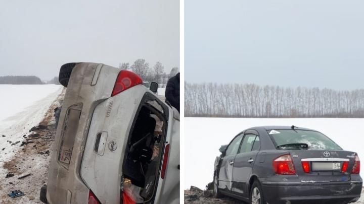 На трассе под Новосибирском столкнулись Toyota и Nissan: погибла женщина