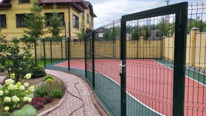 Защитят от вандалов и посторонних: в Екатеринбурге запатентовали уникальные заборы