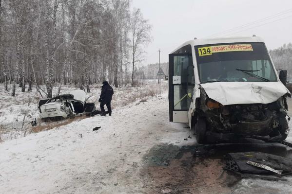 В ехавшей из Челябинска маршрутке пострадал один пассажир