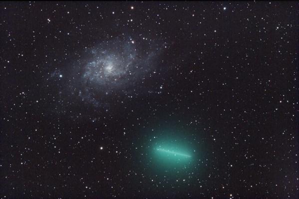 Метеорный поток появился благодаря комете Туттля (ее оболочка на фото зеленого цвета)