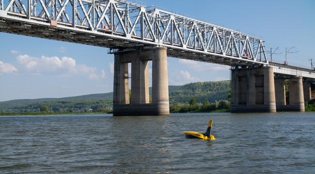 Опоры моста через реку Сок проверили с помощью подлодки «Глайдерон»