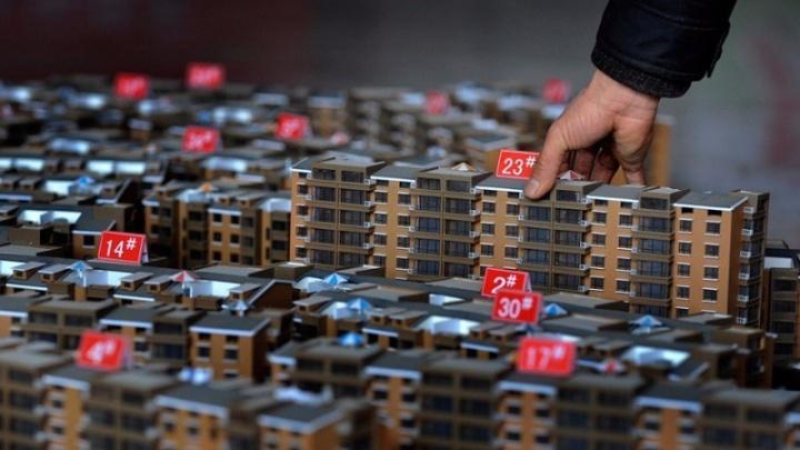 Омичи стали брать в ипотеку более дорогие квартиры, а максимум сделок пришелся на период спада пандемии