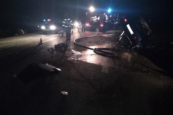 Авария произошла накануне вечером на тёмной дороге