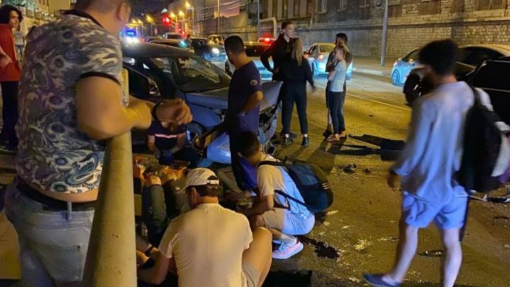 В полиции рассказали, кто спровоцировал массовое ДТП на Волжском проспекте