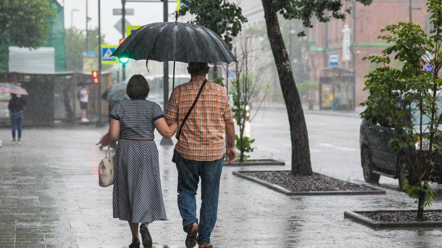 Сильные дожди с ветром снова идут на Красноярск