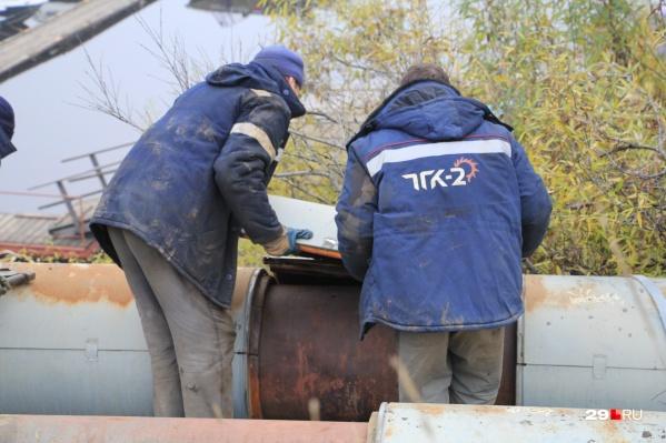 ТГК-2 до сих пор не устранила разрытие на Обводном канале, которое сделали еще в июле