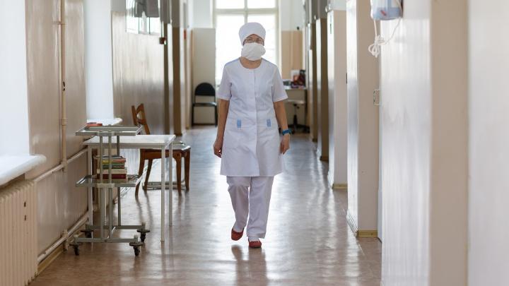 Облздрав: в Волгоградской области коронавирусом заразились 90 медицинских работников