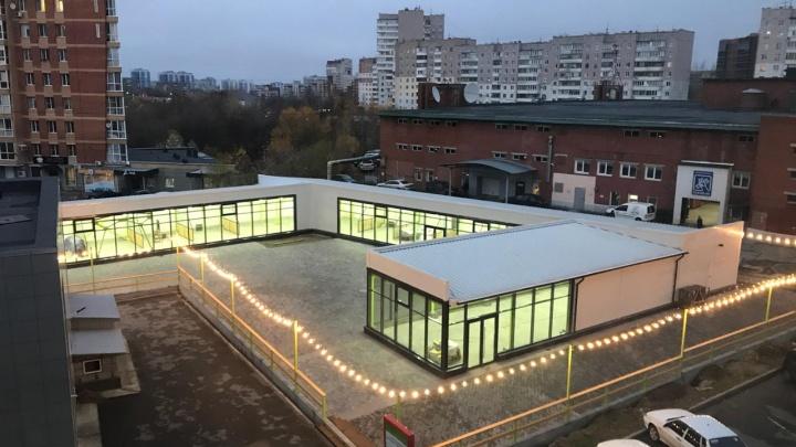 С детской площадкой и стрит-фудом: в Перми открывается мини-рынок нового формата