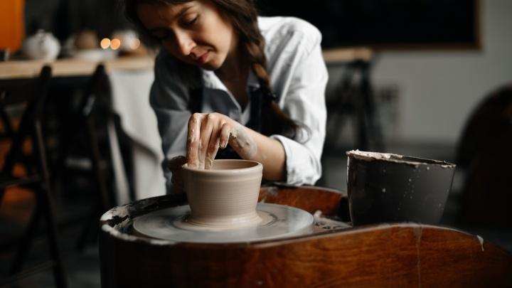 Керамисты Академгородка приедут в центр показать мастер-классы и уникальную керамику — вход свободный